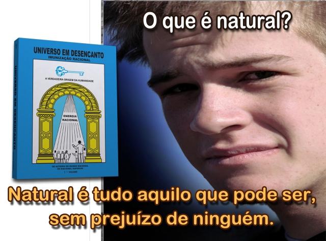 LIVRO COM MOÇO 01