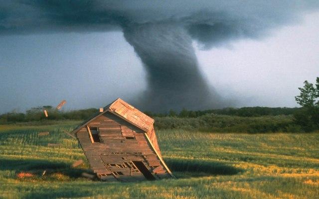 22 (1) tornado