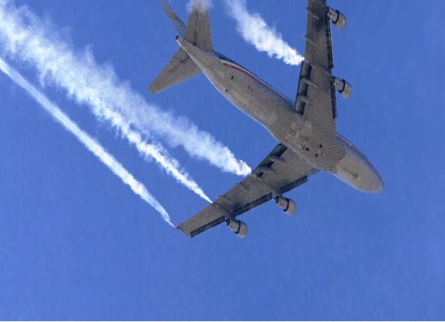 Avião chemtrail 2