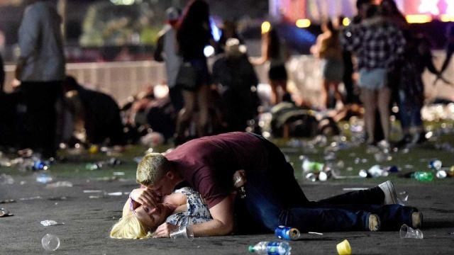 tiroteio em las vegas, estados unidos - a falência do pensamento.jpg