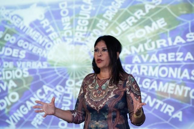 PENSAMENTO - VERDADEIRA TEIA DE ARANHA
